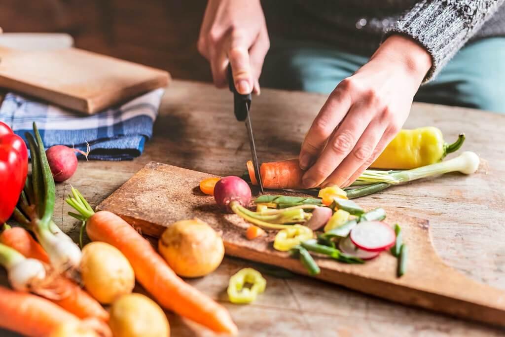 Zayıflamaya Yardımcı Yağ Yakan Yiyecekler