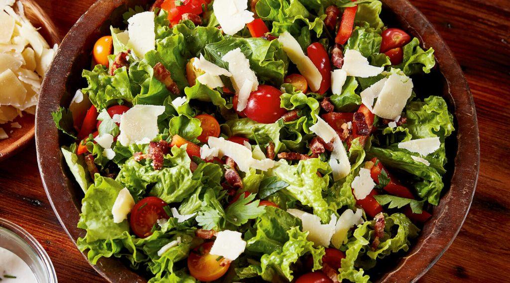Balıkçı Salatası Tarifi ile Diyetiniz Şenlenecek
