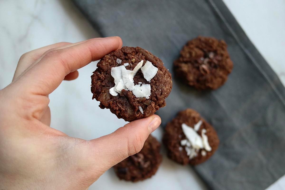çikolatalı ve kinoalı kurabiye