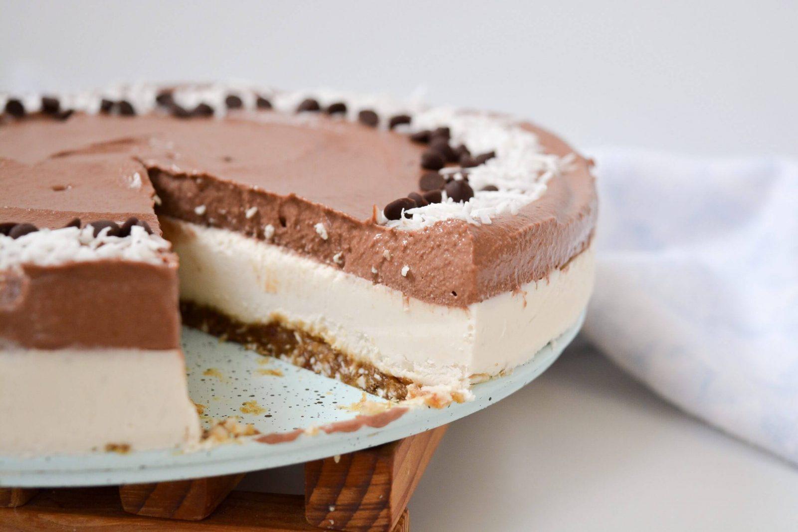çikolatalı hindistan cevizli cheesecake