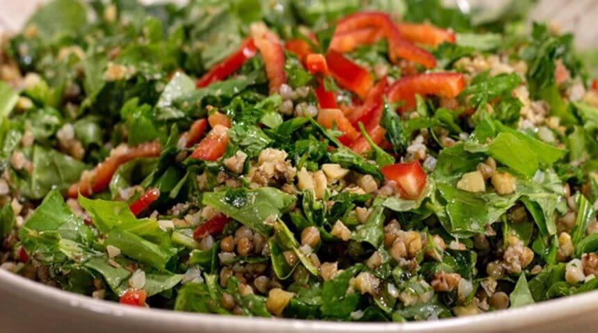 Ispanaklı karabuğday salatası