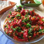 taze fasulyeli köz biberli salata